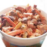 Салат «Мужская радость» с колбасой и корейской морковью
