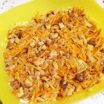 Грибной слоеный  салат с крабовыми палочками и рисом