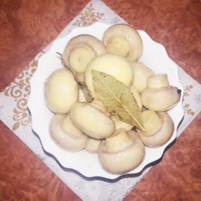 Шампиньоны маринованные «Лакомка» - рецепт с фото
