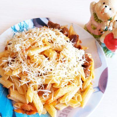 Макароны с мясом и сыром - рецепт с фото