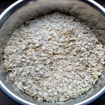 Фото рецепта - Овсяное печенье на молоке с бананами без сахара - шаг 2