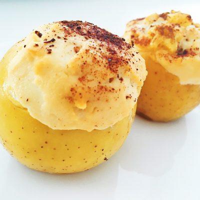 Запечённые яблоки в духовке, фаршированные творогом - рецепт с фото