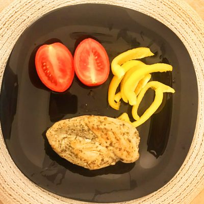 Стейки из куриной грудки - рецепт с фото