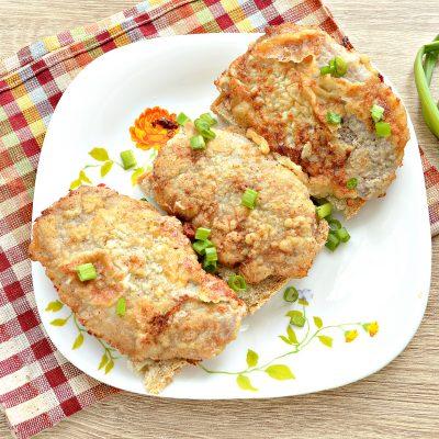 Отбивные из свинины в яичном кляре - рецепт с фото
