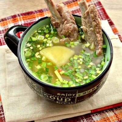 Картофельный суп со свиными ребрышками - рецепт с фото