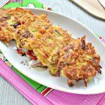 Картофельные драники на сковороде с грибами