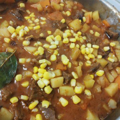 Фото рецепта - Горчичное рагу из говядины - шаг 5