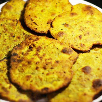 Индийские лепешки с чесноком - рецепт с фото