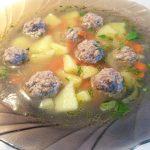 Суп с фрикадельками и манкой