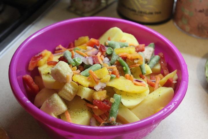 Фото рецепта - Картофель по-мексикански (овощной гарнир) - шаг 3
