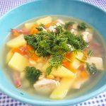 Гороховый суп с колбаской и грудкой