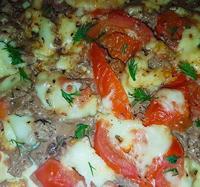 Фото рецепта - Диетическая «фальшивая» пицца на твороге, в мультиварке - шаг 8