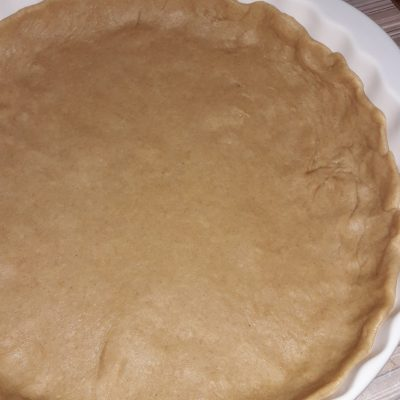 Фото рецепта - Пирог на кефире «Зимняя вишня» - шаг 4
