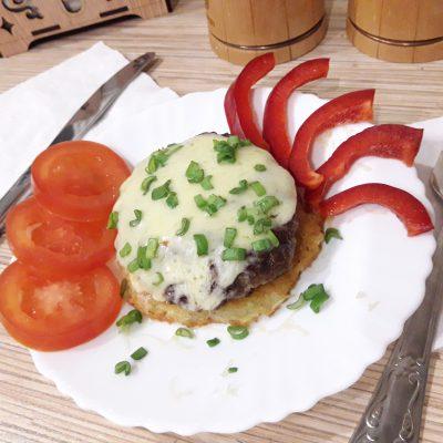Стожки из картошки с фаршем и сыром - рецепт с фото