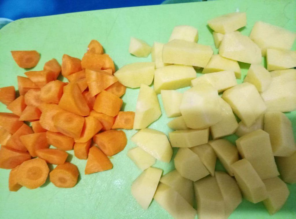 Фото рецепта - Свиные ребра с овощами - шаг 2
