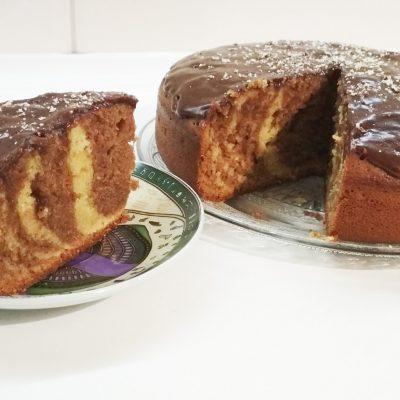 Кекс «Зебра» на кефире в мультиварке - рецепт с фото