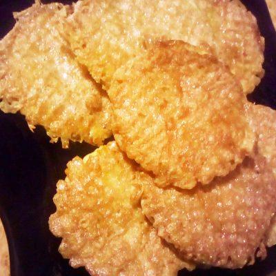 Котлеты «Особенные» из фарша с сыром в бризоли - рецепт с фото