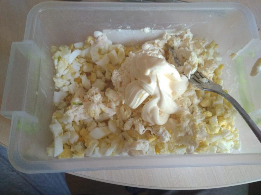 Фото рецепта - Сырно-яичные шарики с чесноком - шаг 6