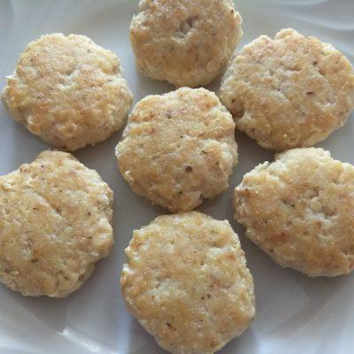 Рыбные котлеты с куркумой, чабром и кориандром - рецепт с фото
