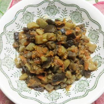 Картофельное рагу из кабачков и баклажанов с лесными грибами - рецепт с фото