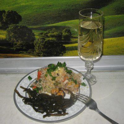 Фото рецепта - Ризотто с мидиями, кальмарами и стручковой фасолью - шаг 5