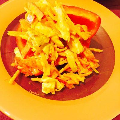 Салат с куриными ножками, болгарским перцем и корейской морковкой - рецепт с фото