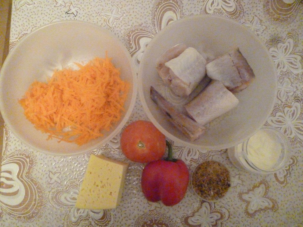 Фото рецепта - Минтай под овощной шубой, в фольге - шаг 1