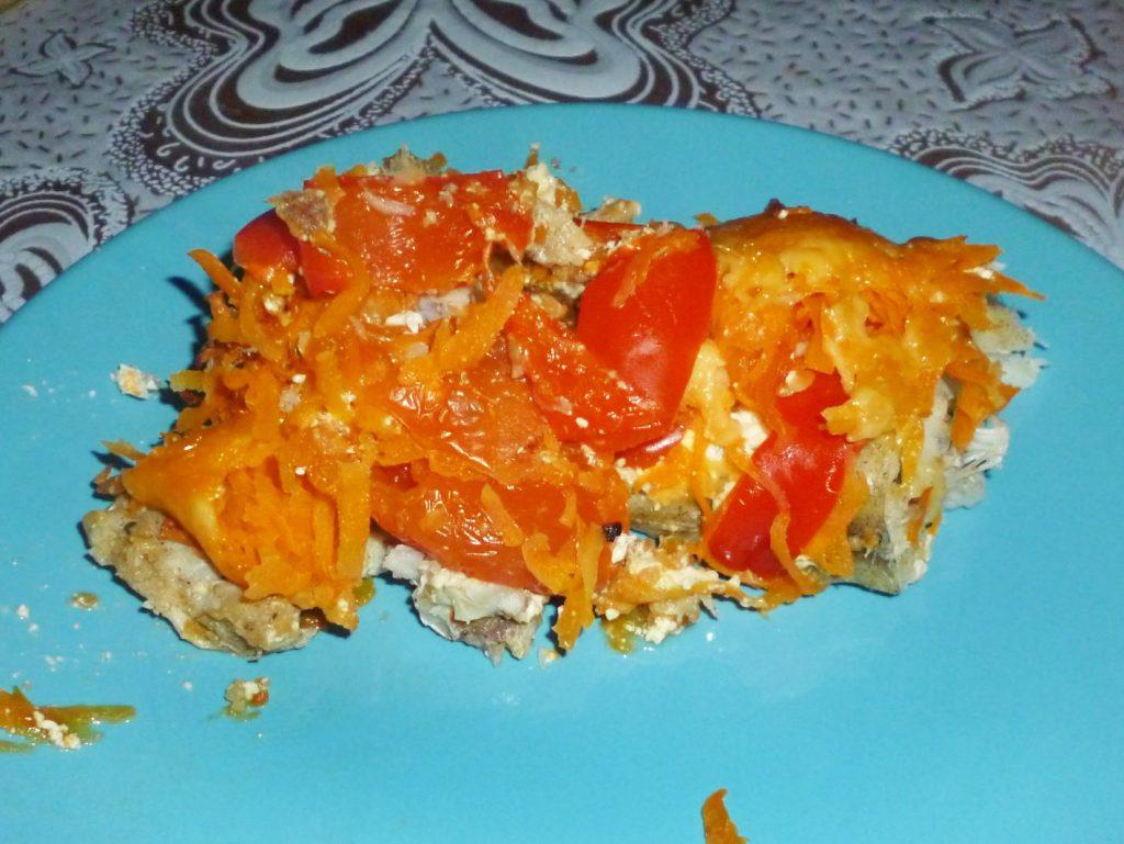 Фото рецепта - Минтай под овощной шубой, в фольге - шаг 6