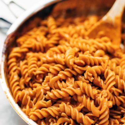 Паста в томатно-чесночном соусе - рецепт с фото