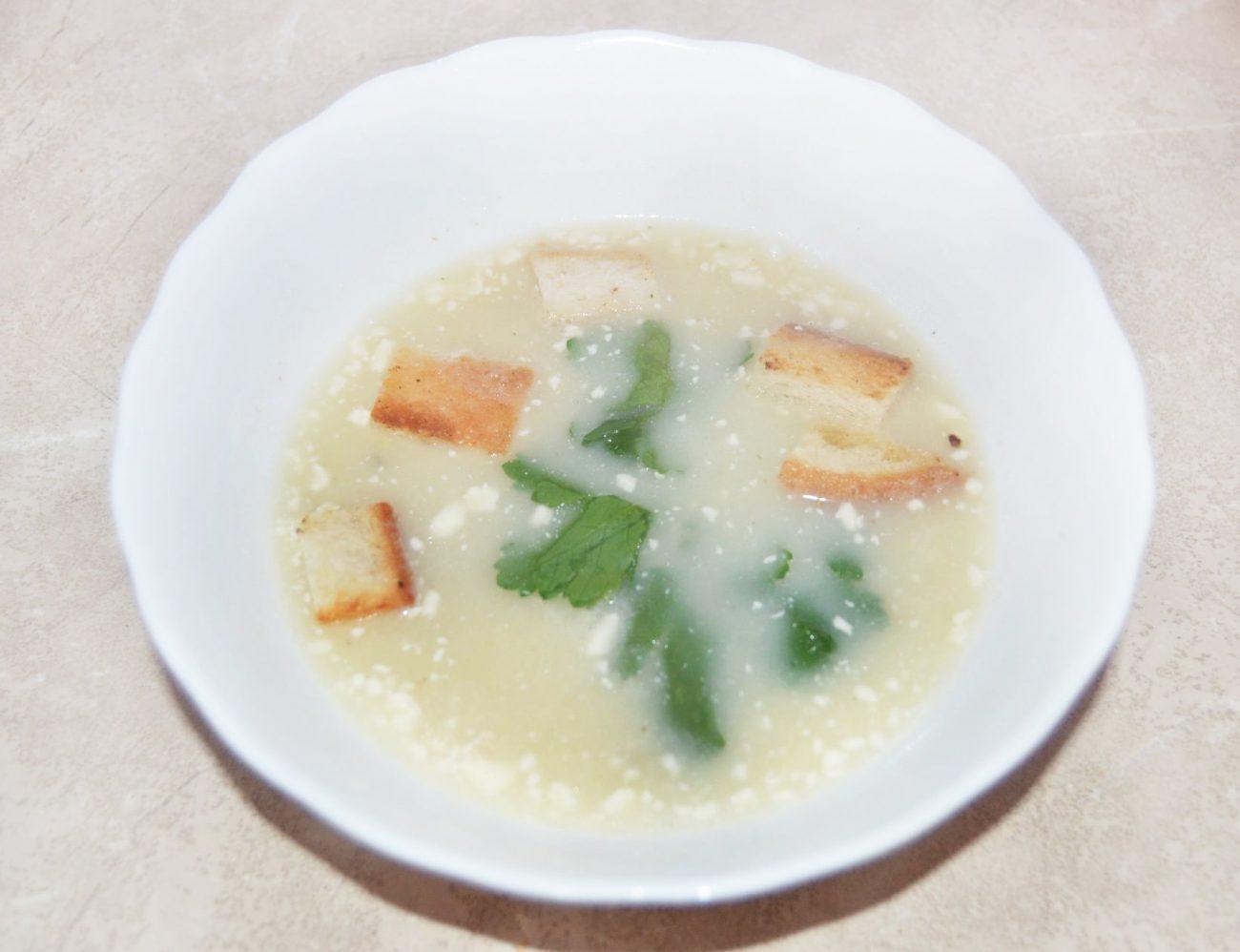 Сырный крем-суп из мидий с сухариками