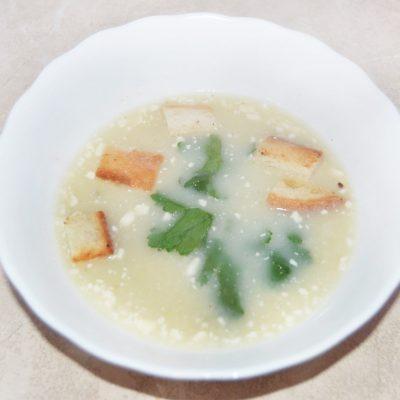 Сырный крем-суп из мидий с сухариками - рецепт с фото