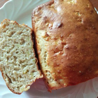 Яблочный кекс с корицей и мускатным орехом - рецепт с фото