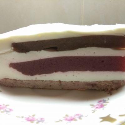 Муссовый торт из клубники и банана - рецепт с фото