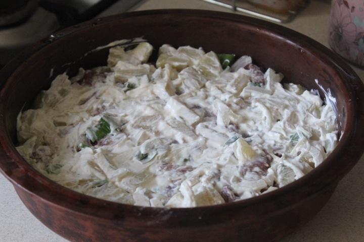 Фото рецепта - Свинина с ананасами в сметане - шаг 5